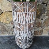 Fair & Fine | Vaas Tribal lengte 22 cm x breedte 22 cm x hoogte 57 cm beige vazen hout vazen & bloempotten decoratie | NADUVI outlet